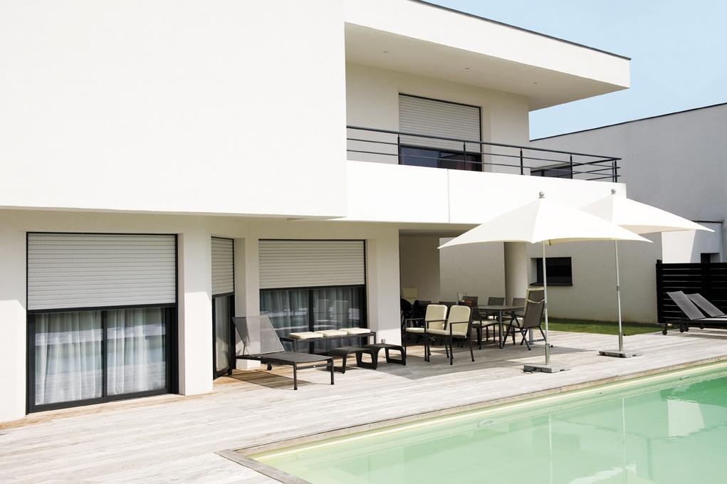 atelier de mainville distribution volet roulant lakal systeme encastre. Black Bedroom Furniture Sets. Home Design Ideas