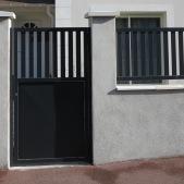 Portillon et clôture acier