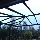 Structure acier de la toiture d'un pergola acier - chantier